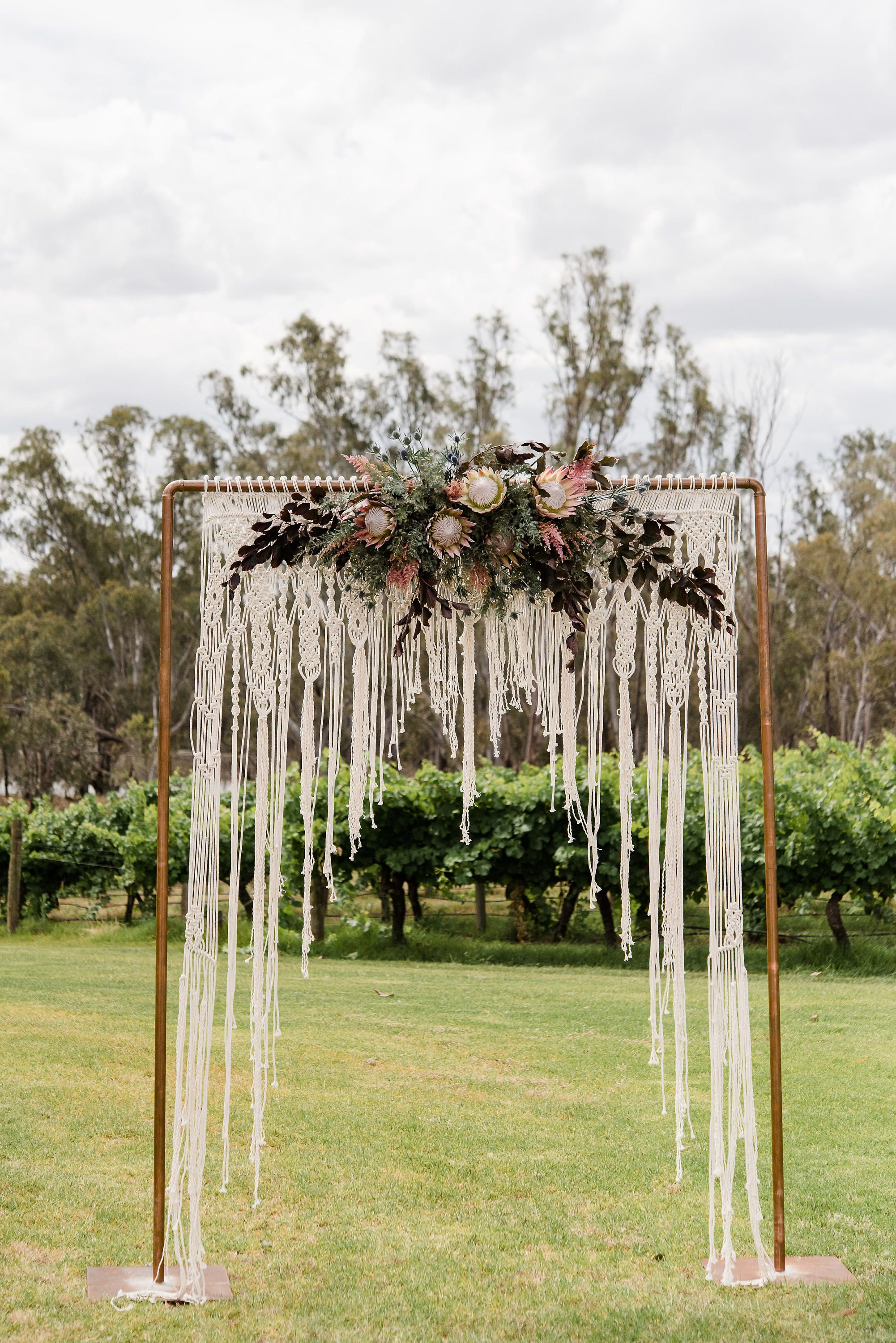 Raise Your Hand If You Love A Macrame Ceremony Backdrop As