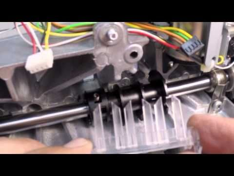 How the upper thread sensor works on a BERNINA sewing