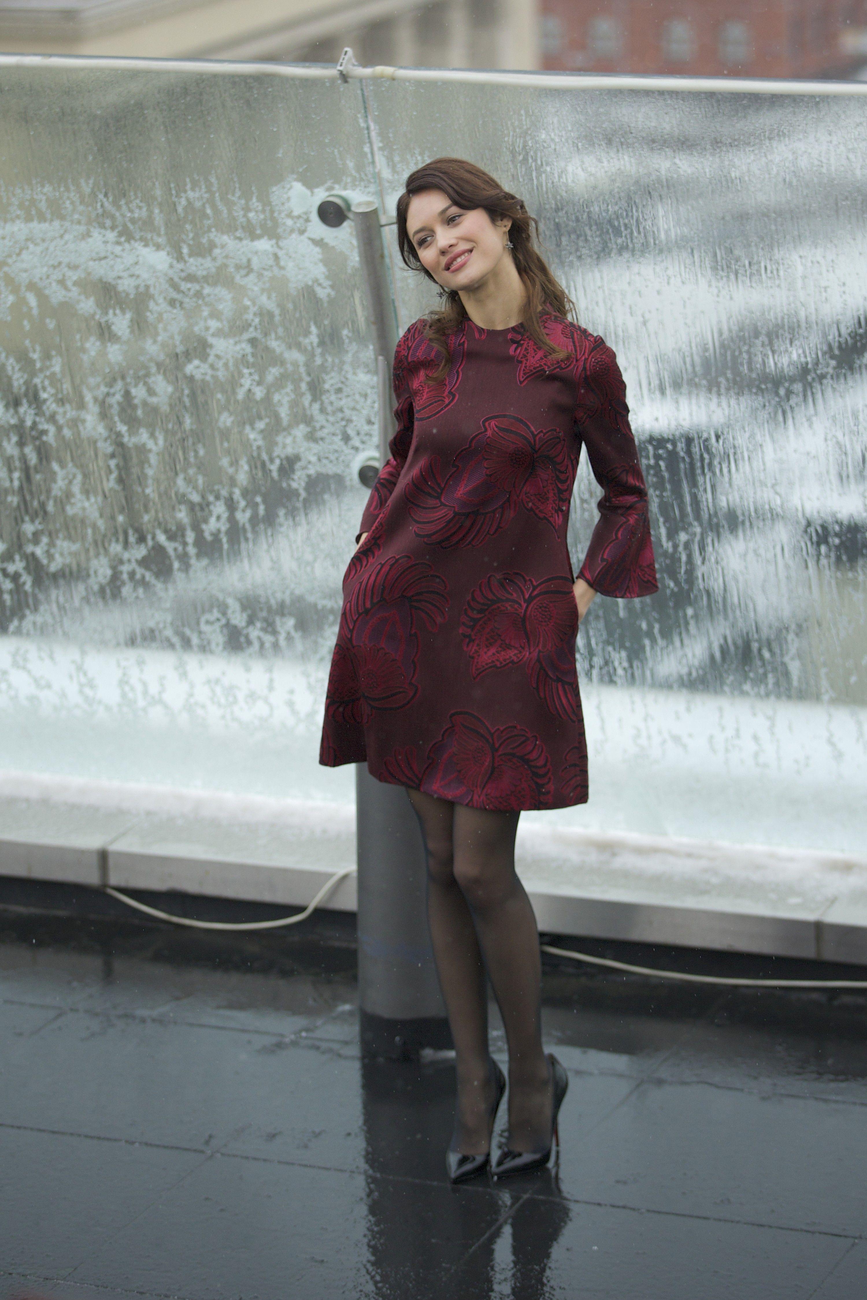 Olga Kurylenko in pantyhose - More pictures here: http ...