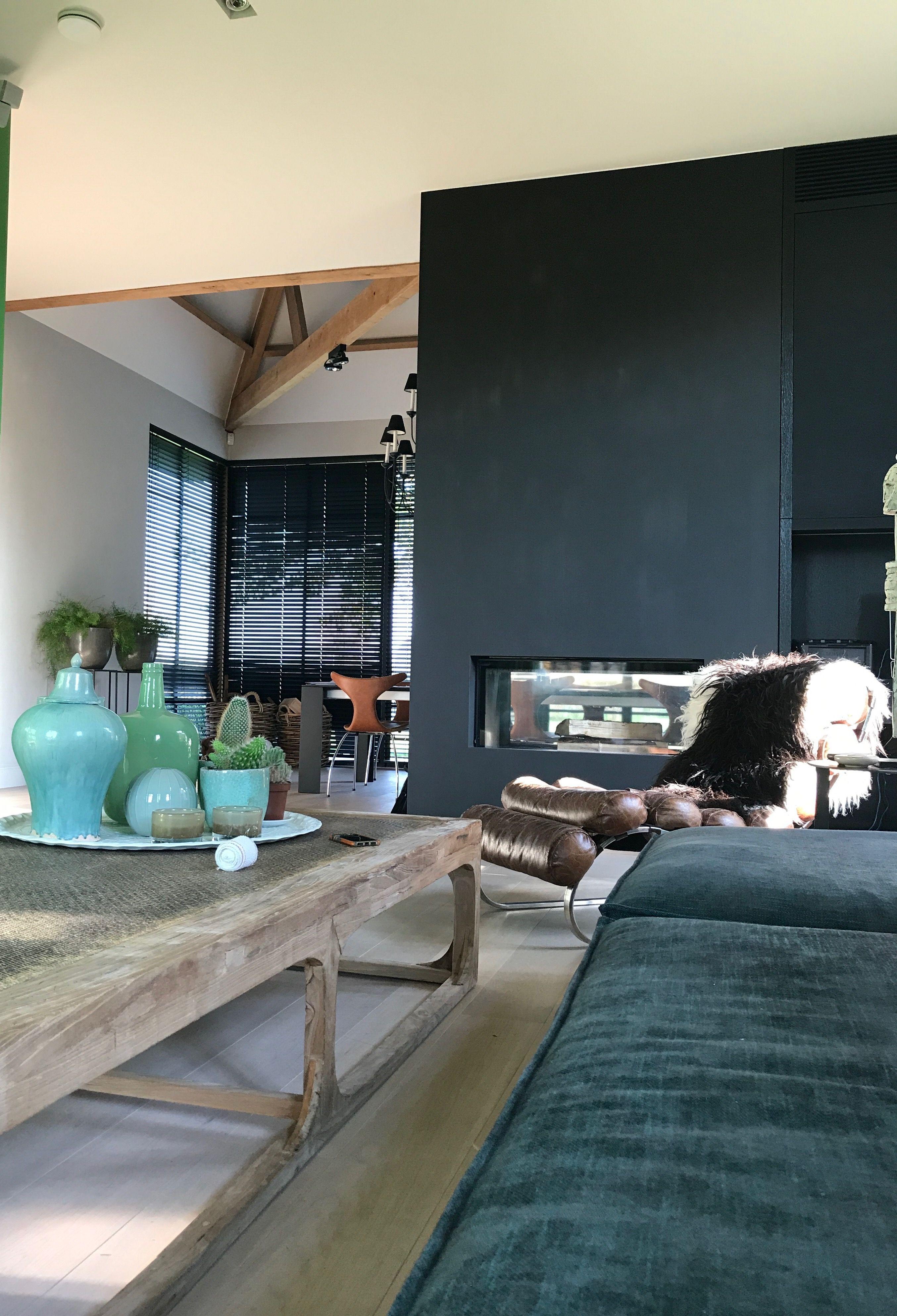 Groene bank van Gero Wonen in de woonkamer. | HOME SWEET HOME ...