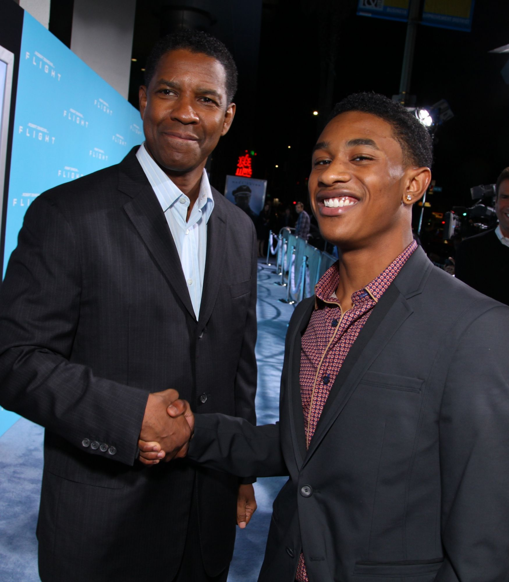 Denzel washington and justin martin attend as paramount pictures denzel washington and justin martin attend as paramount pictures presents the premiere of flight pooptronica