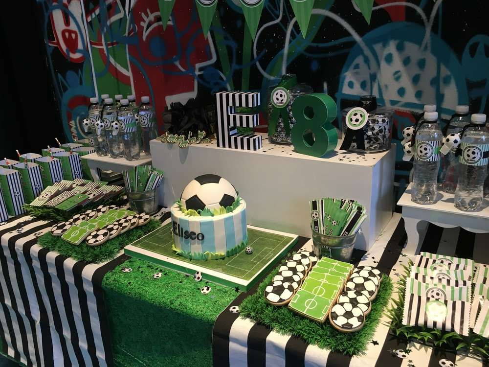 Futbol Party Birthday Party Ideas Photo 11 Of 21 Football Birthday Party Soccer Theme Parties Soccer Birthday Parties