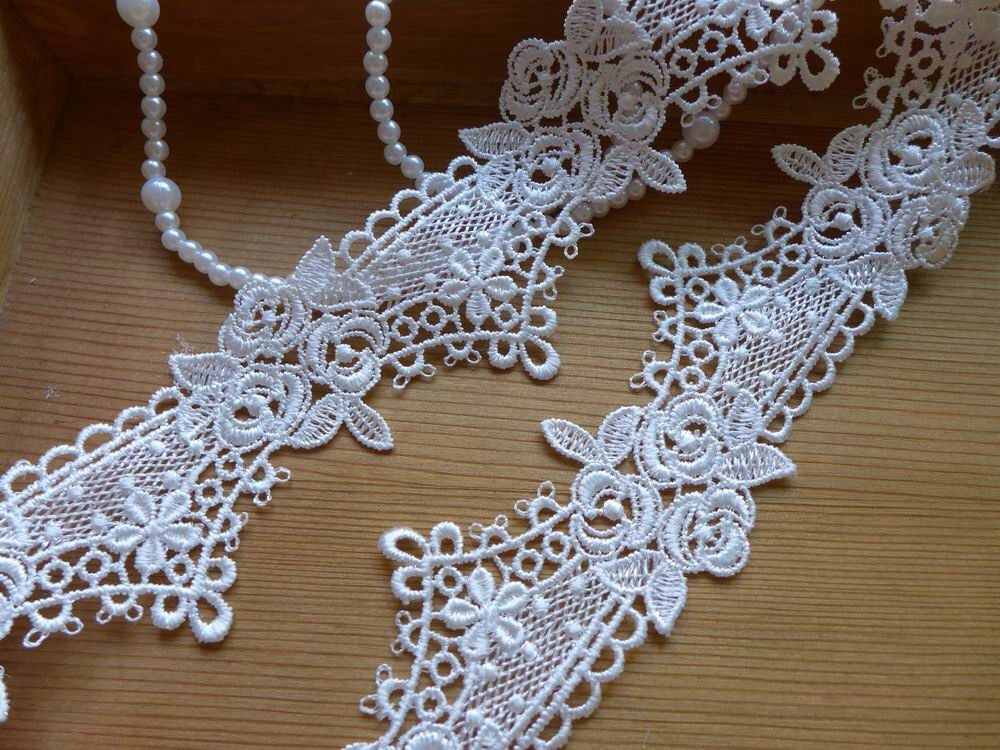 Delicate Bridal Lace Trim in off white with sweet rose floral For DIY weddings, Garters, Jewelry design by prettylaceshop on Etsy https://www.etsy.com/listing/212238456/delicate-bridal-lace-trim-in-off-white