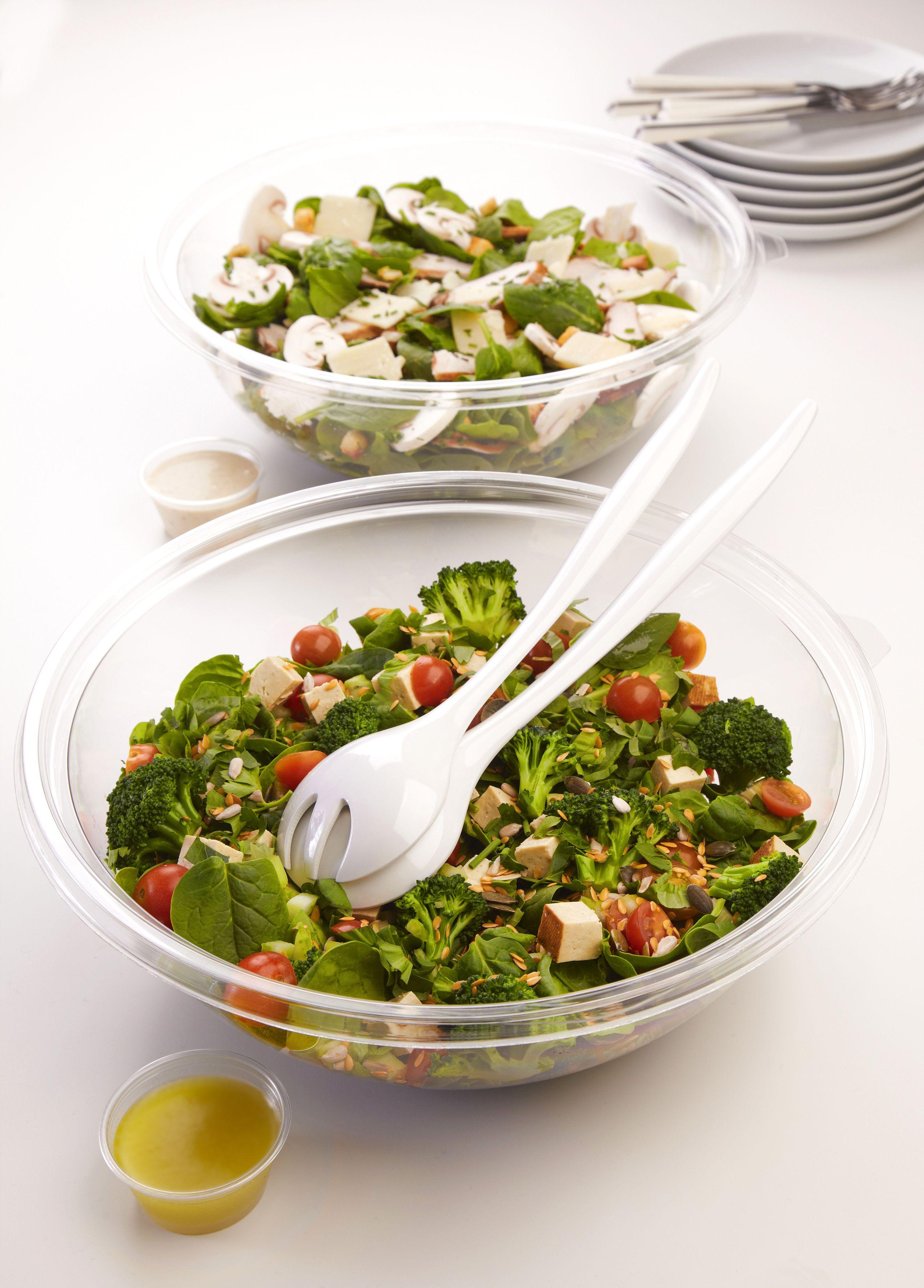 Profitez d'un repas agréable autour d'une salades à partager ! #salad #food #style #cool #green https://www.facebook.com/Jour.fr?fref=ts