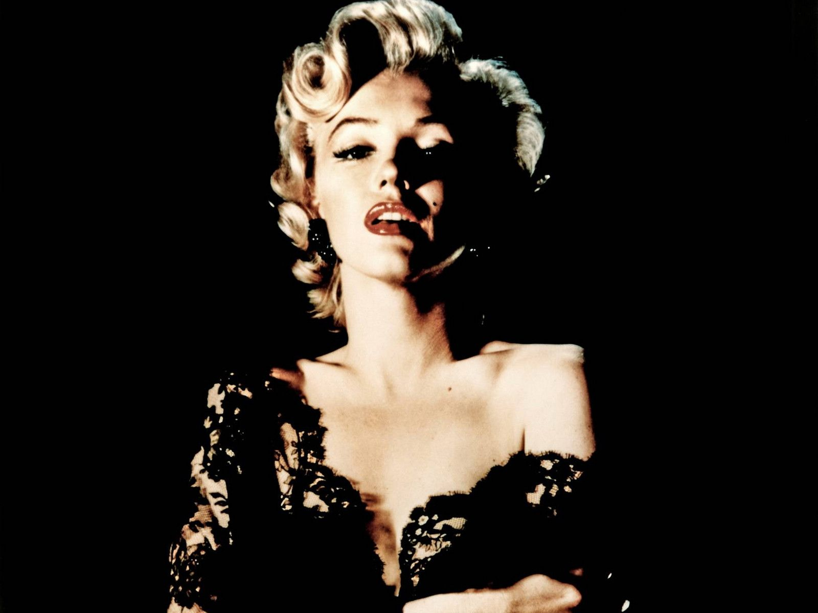 Marilyn Monroe Wallpapers Wallpaper 1280x1024 40