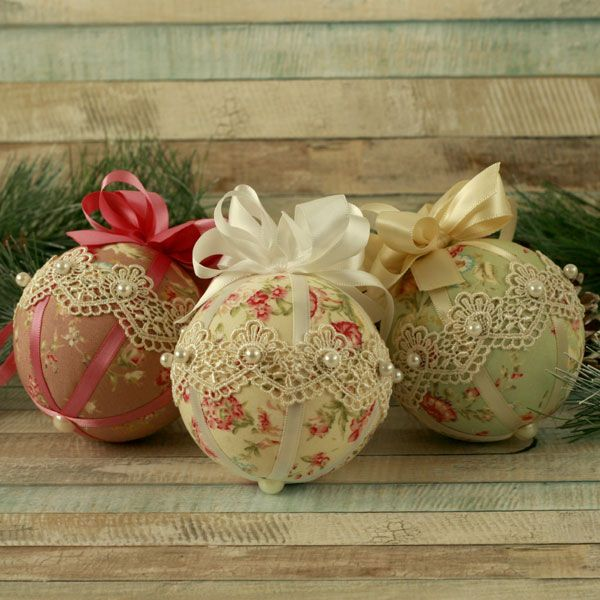 Shabby Chic Fabric Christmas Baubles with Guipure Lace Set of Three Handmade Vintage Inspired Lace Christmas Tree Decorations in Vintage Floral Fabrics