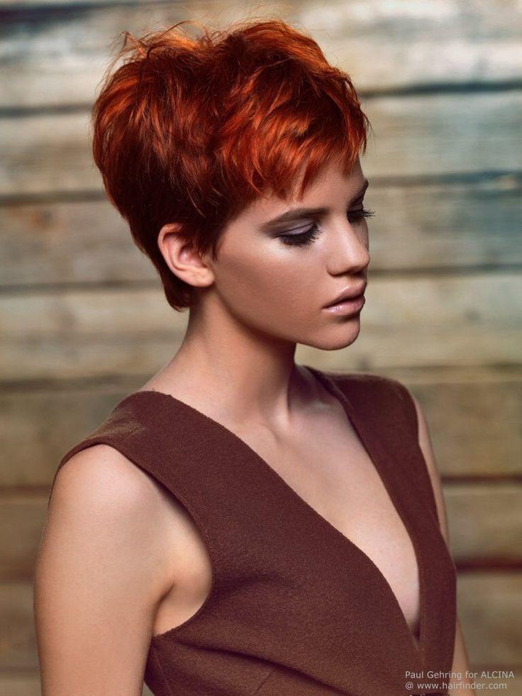 kurze Haare, freche Frisur, rote Kurzhaarfrisur, Frauen