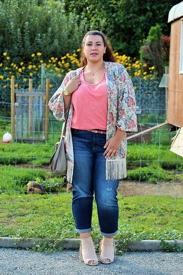 Ana Nogueira Primark Floral And Fringe Kimono C A Cropped Jeans H M Bag Yendi Boots Peep To