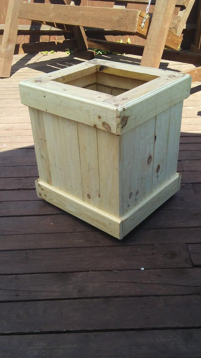 Outdoor planter For Sale in Flackwell Heath, High