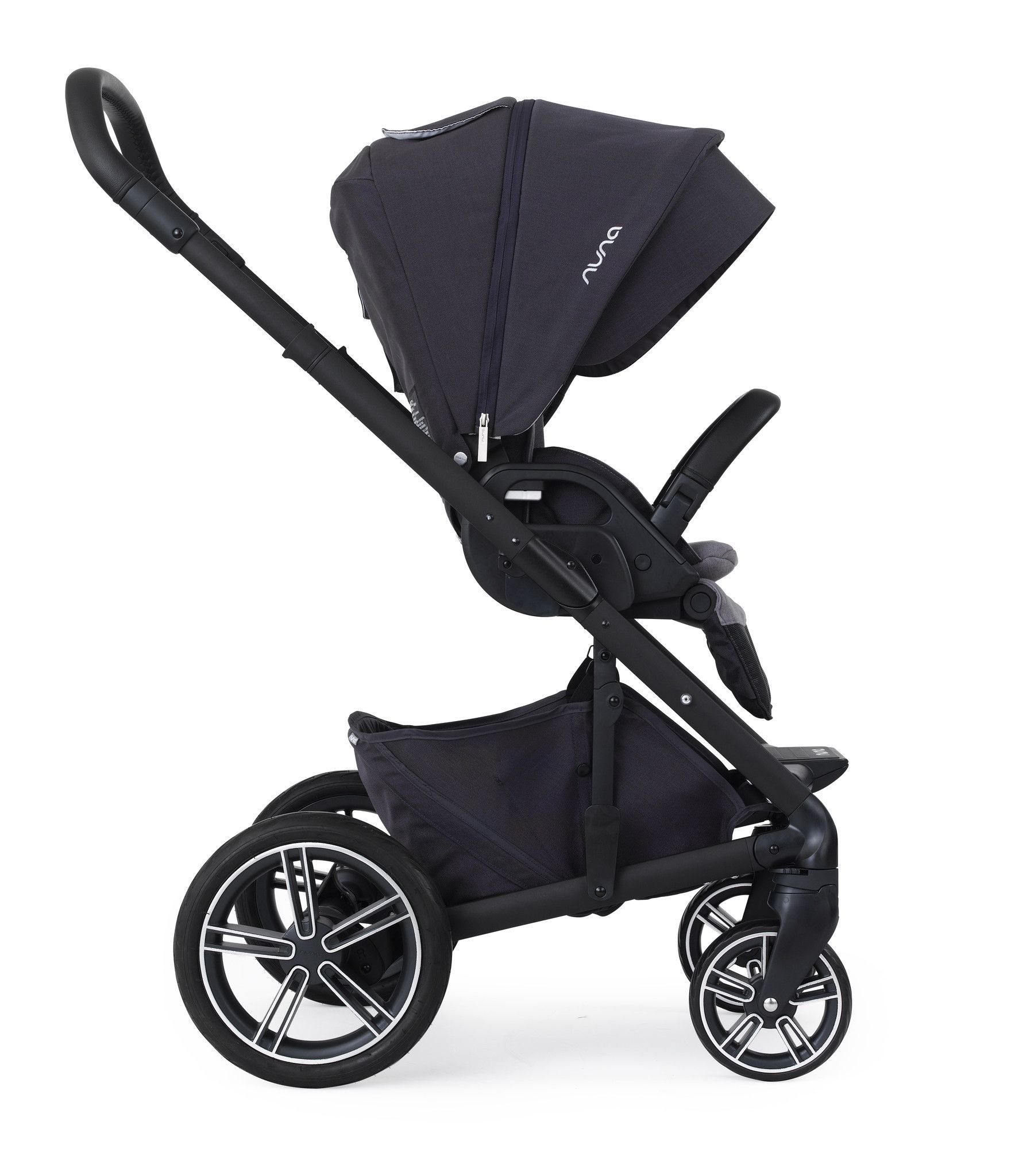 Nuna JETT Collection Travel System Stroller Bassinet and Car Seat