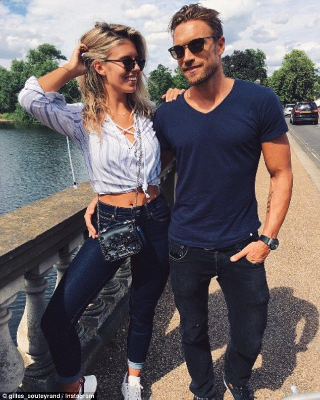 Natasha Oakley flaunts her flat torso and catches Pokemon in London