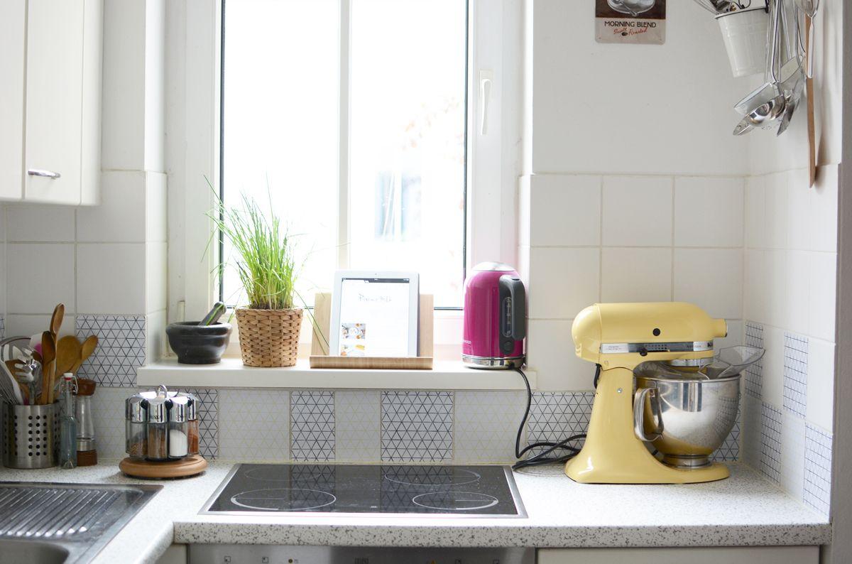 k chen makeover mit creatistoblogger pixiemitmilch fliesenaufkleber design mediana. Black Bedroom Furniture Sets. Home Design Ideas