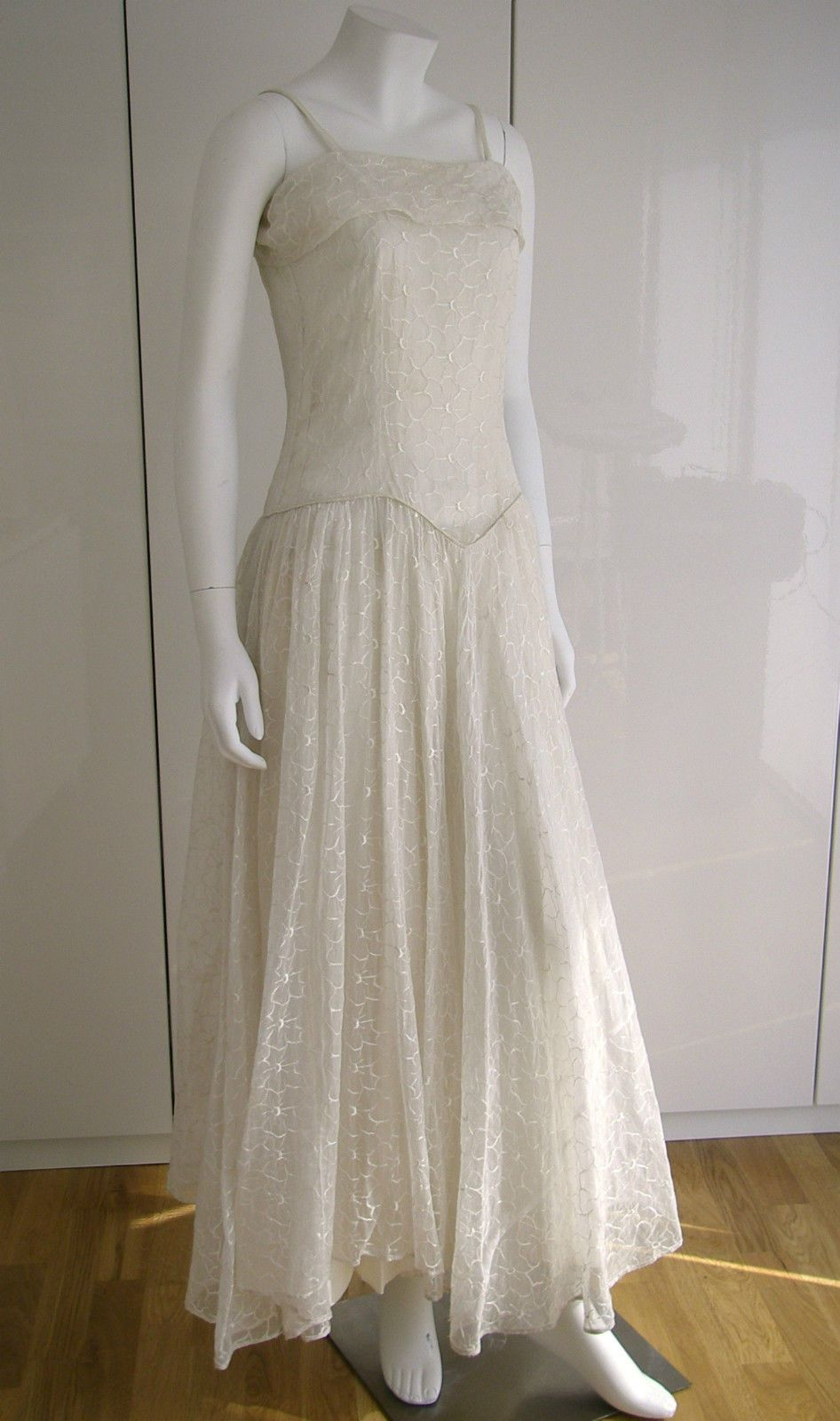 Vintage us us embroidered ivory silk organza evening wedding