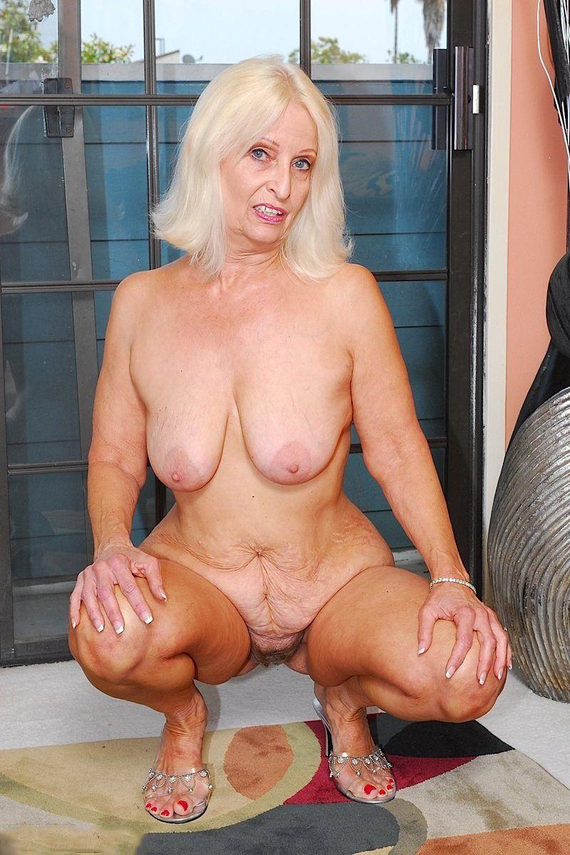 fine blondie pussy fuck