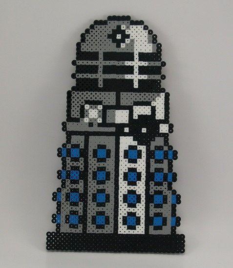 8bit Doctor Who Dalek by CharismaByChari on Etsy, $20.00 | Doctor ...