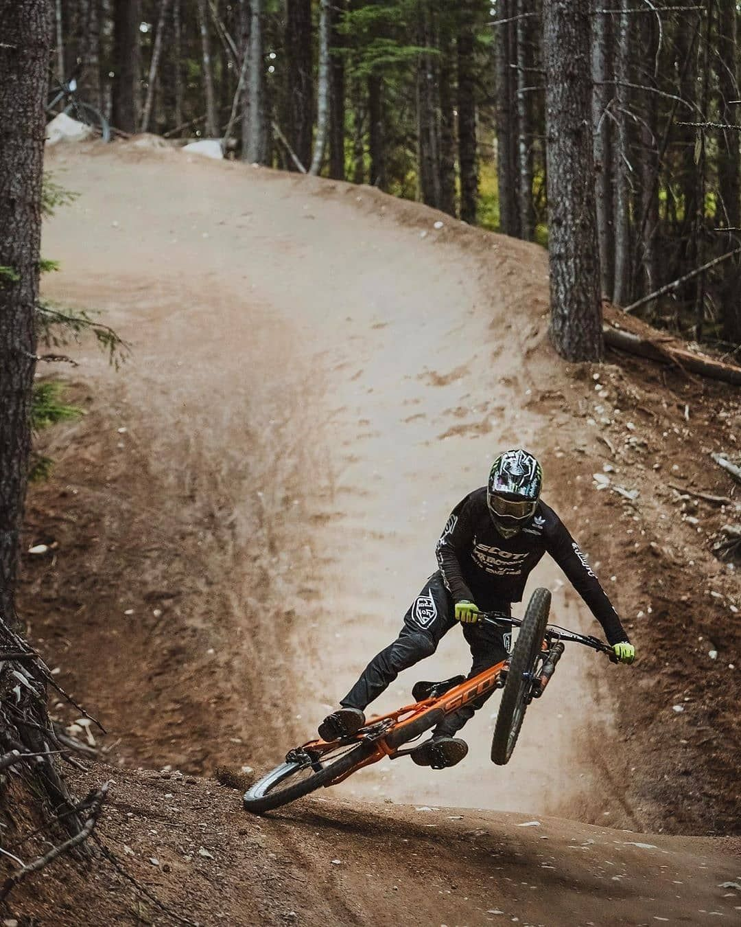 Brendog1 Do You Have Cool Photo Tag Photo Whip Bike In 2020 Mtb Bike Mountain Downhill Mountain Biking Mountain Bike Action