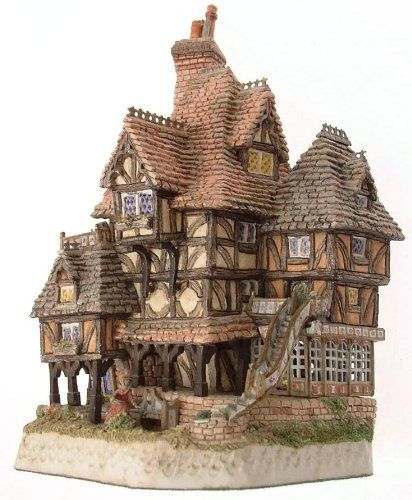 Amazon Com David Winter Horatio Pernickety S Amorous Intent Dates C1993 Dw13 Collectible Figurines Fantasy House Medieval Houses Cute House