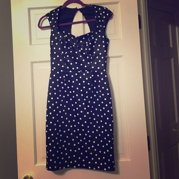 Sz 0 WH BM Polka Dot Satin Dress White House Black Market Satin Black and white polka dot dress in size 0. Worn once to a wedding but now doesn't fit. Perfect condition. Comes with the belt I purchased separately at WHBM. Thanks 😀 White House Black Market Dresses Backless