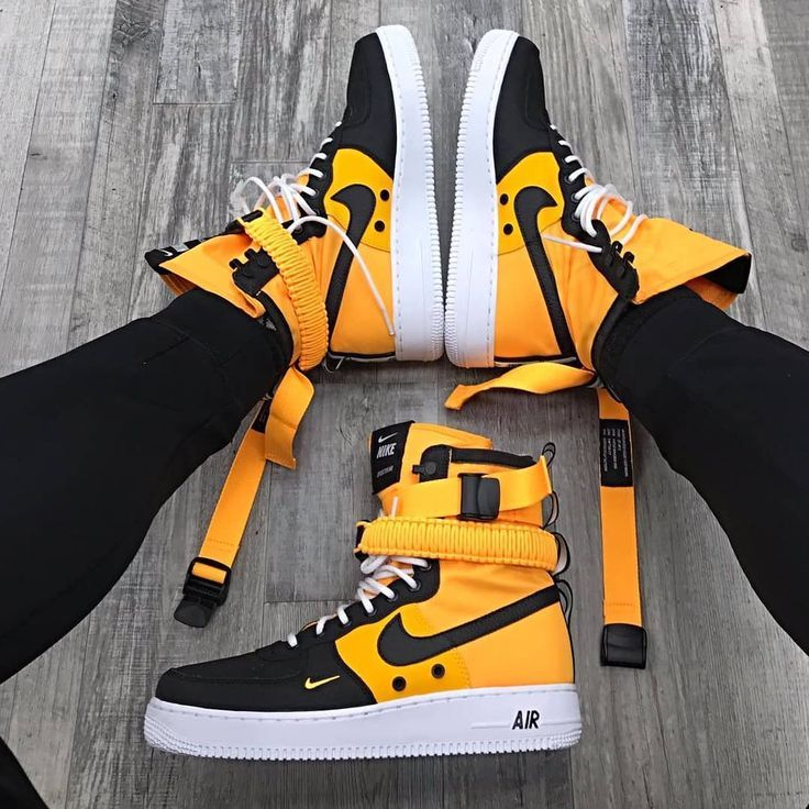 Men's Nike SF Air Force 1 Boots - Haus | Bottes nike, Chaussure ...