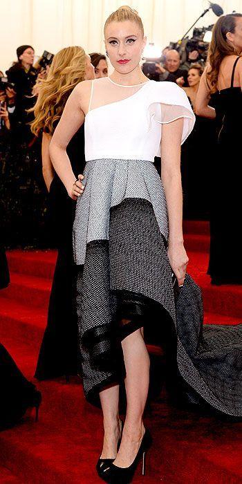 #GretaGerwig #metgala2014 #TheyskinsTheory #dress #interesting - I kinda like & dislike this dress, can't decide.