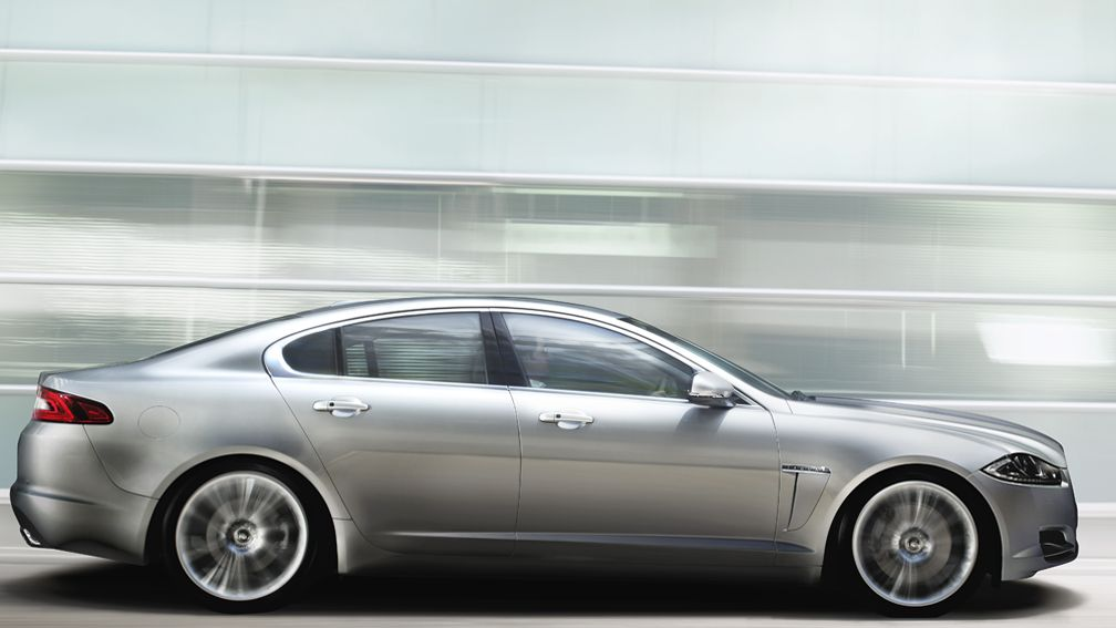The 2012 Jaguar XF is contemporary, unique and expertly crafted, with a wealth of luxurious finishes.