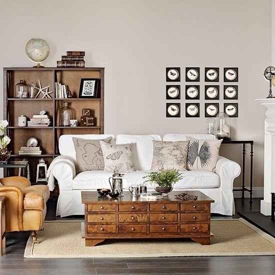 Neutral Wohnzimmer Mit Holz Couchtisch Wohnzimmer