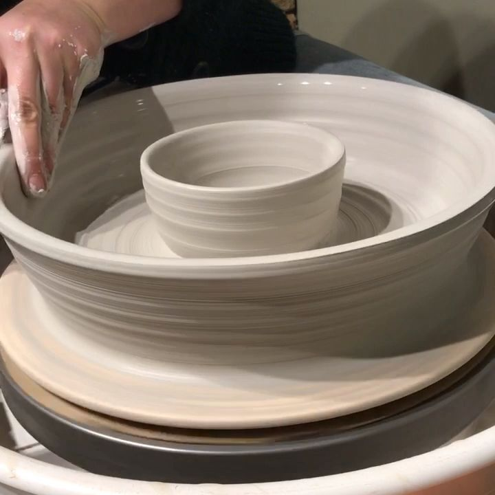Throwing chip and dip bowl #potterytechniques