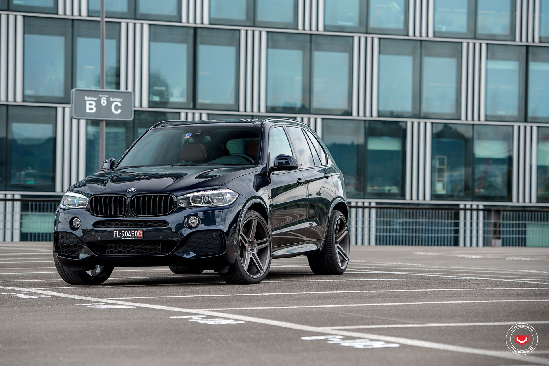 Carbon Black Metallic Bmw X5 With Vossen Vps 302 Forged Wheels
