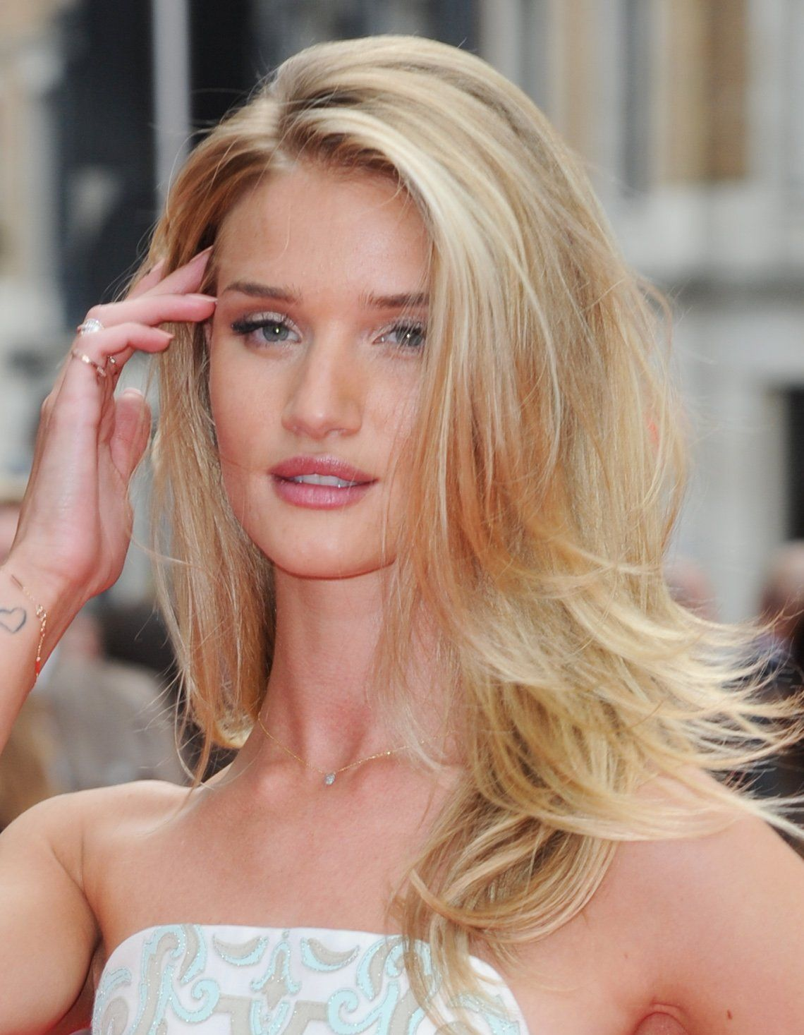 Hacked Rosie Huntington-Whiteley nudes (73 foto and video), Sexy, Leaked, Twitter, legs 2017
