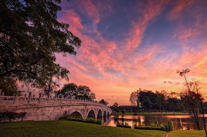 Twilight at Bridge of Chinese Gardens Singapore △ Awesome - chinesischer garten brucke