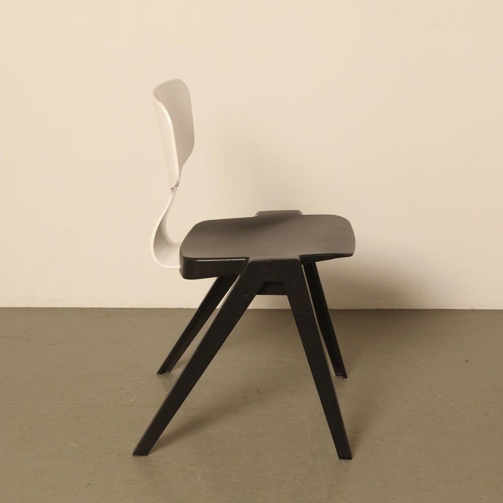 Design Kunststof Stoelen.Stoel 380 Ineke Hans Ahrend Dutch Design Gerecycled Kunststof