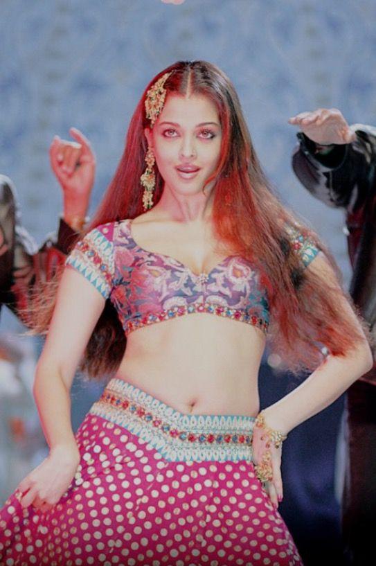 Aishwarya Rai Hot Navel