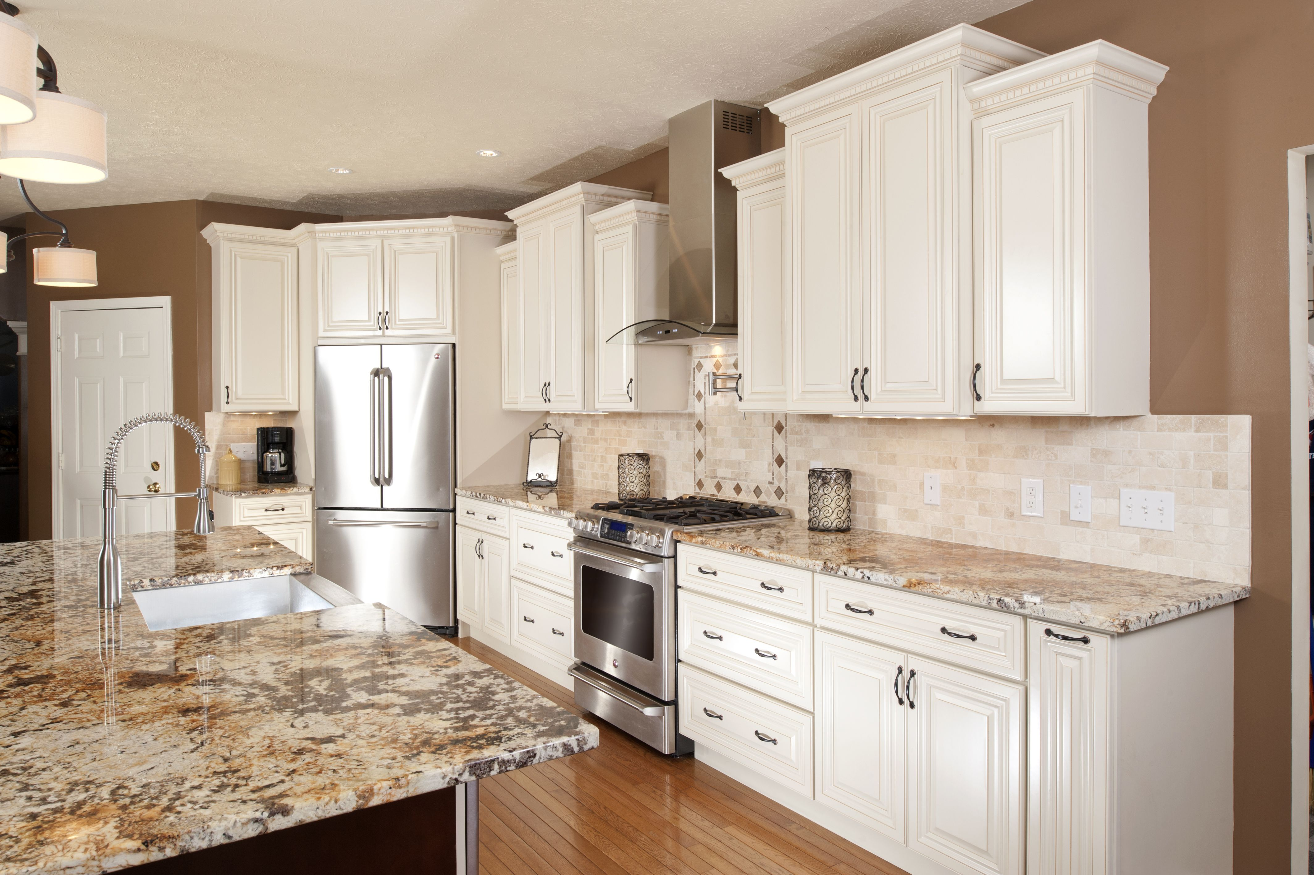 Kitchen Design, Wholesale Prices Traditional