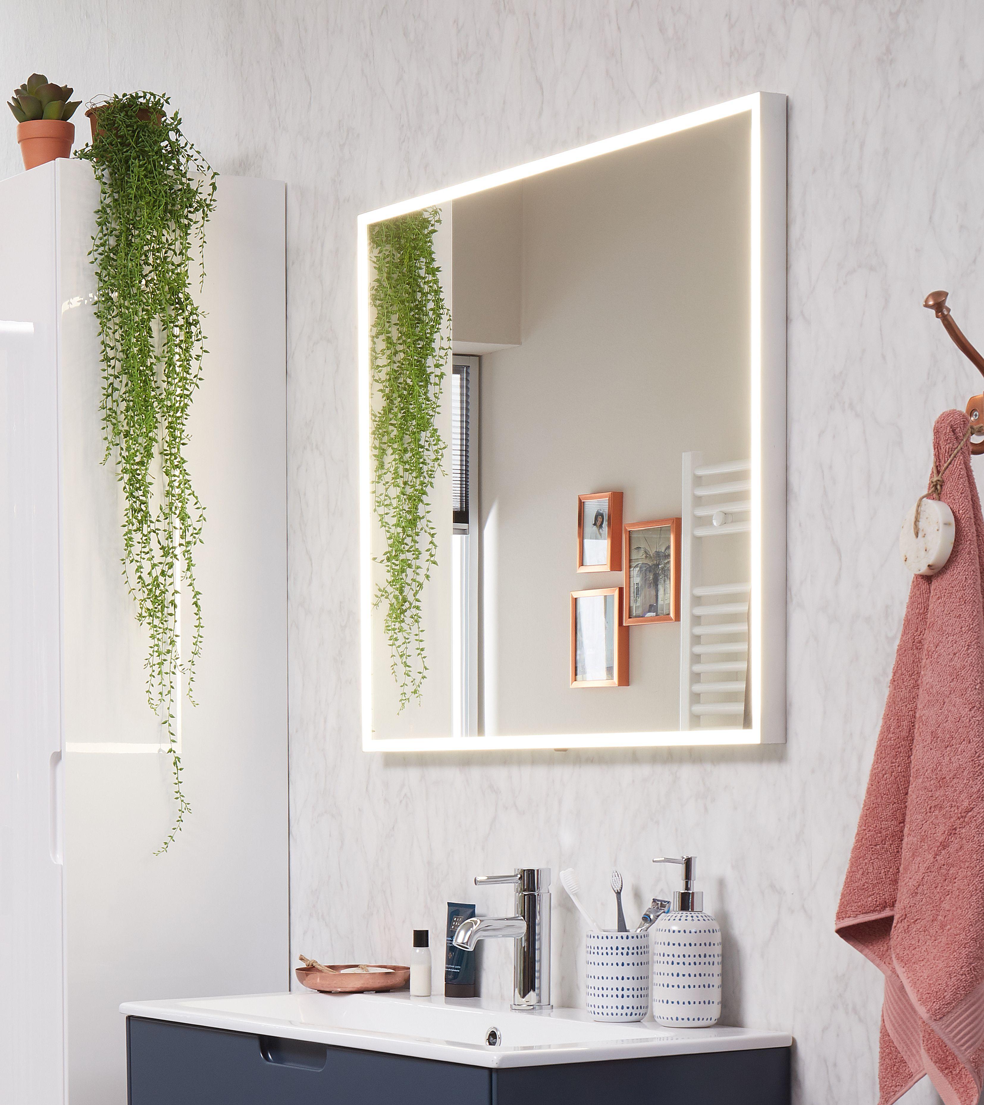 ook nieuw in ons assortiment zijn deze spiegels met rondom led