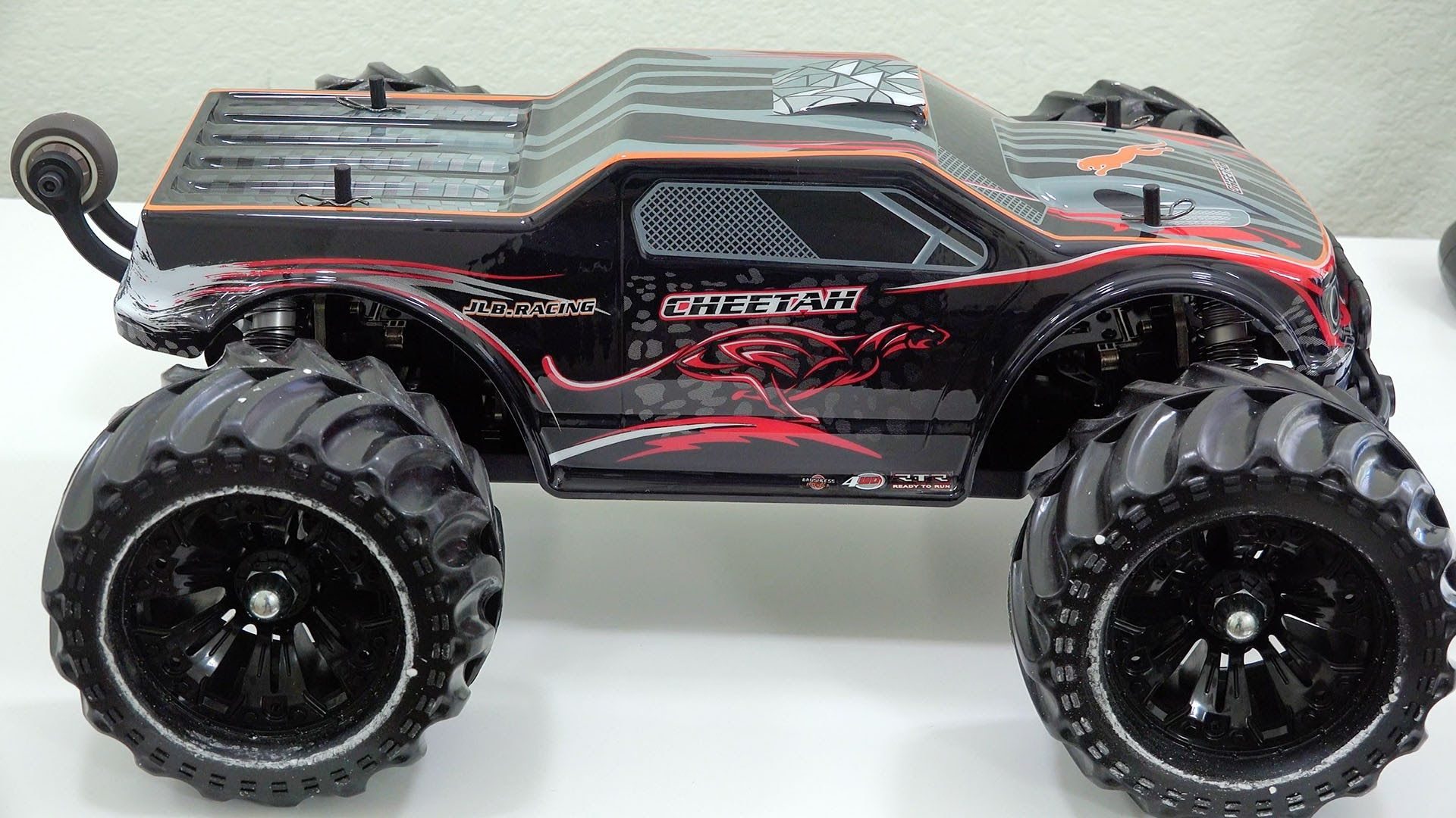 JLB Cheetah FAST Electric OffRoad RC Car PREVIEW (With