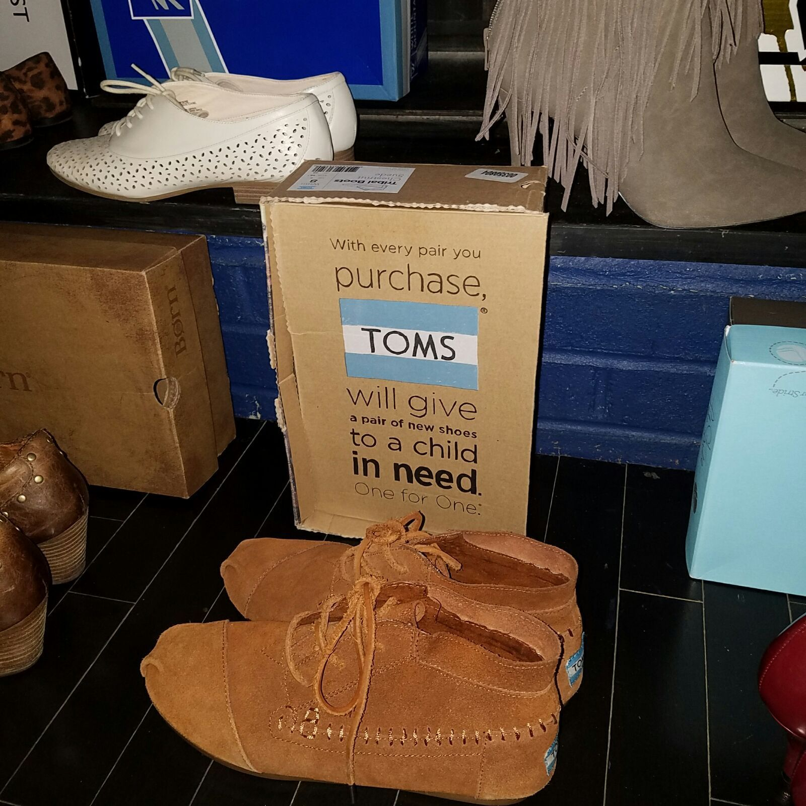 Great Condition Gently Used Suede 8 Wide Children In
