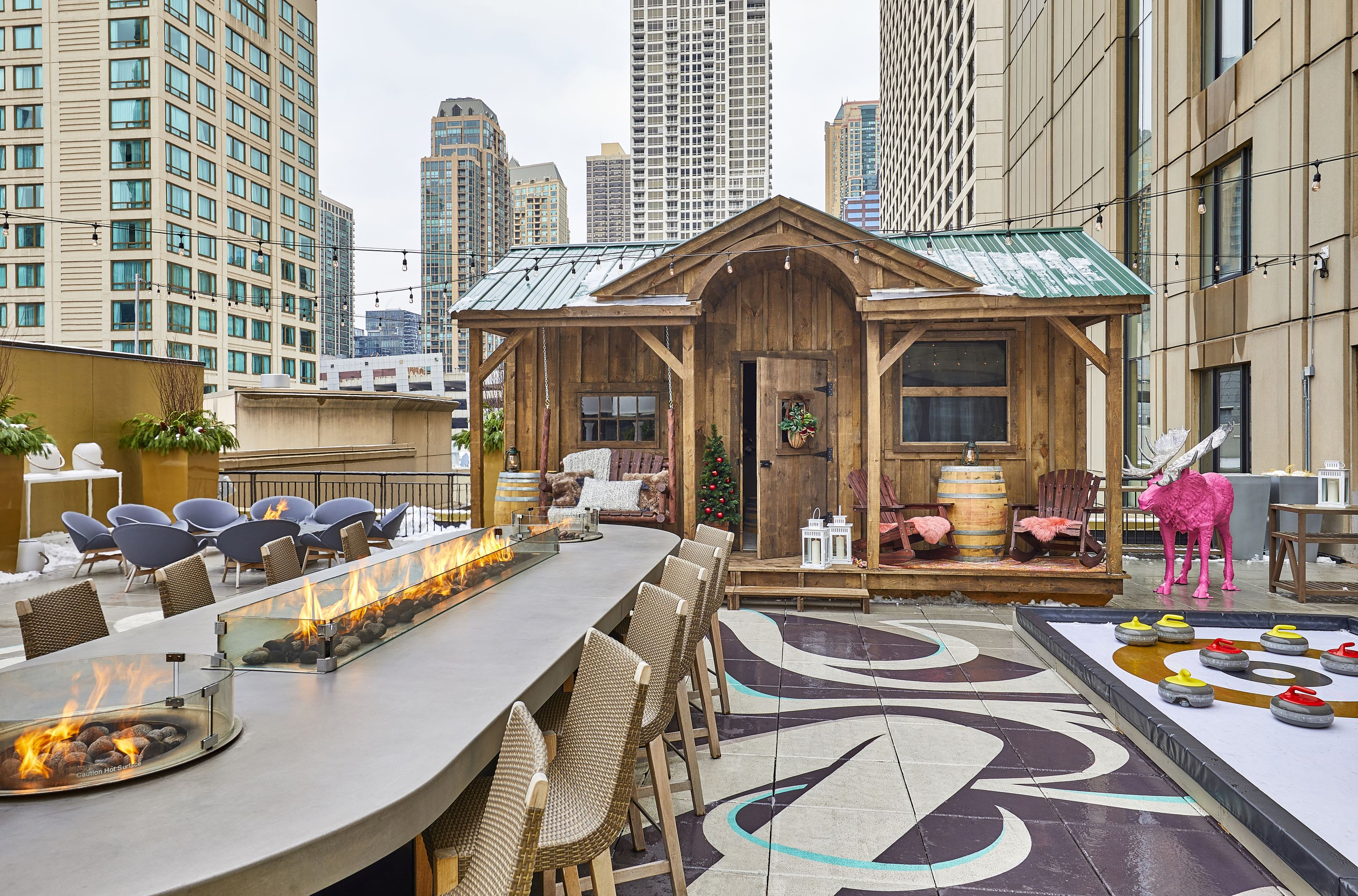 30 Chicago Bars And Restaurants With Fireplaces Chicago Bars Chicago Restaurants Rooftop