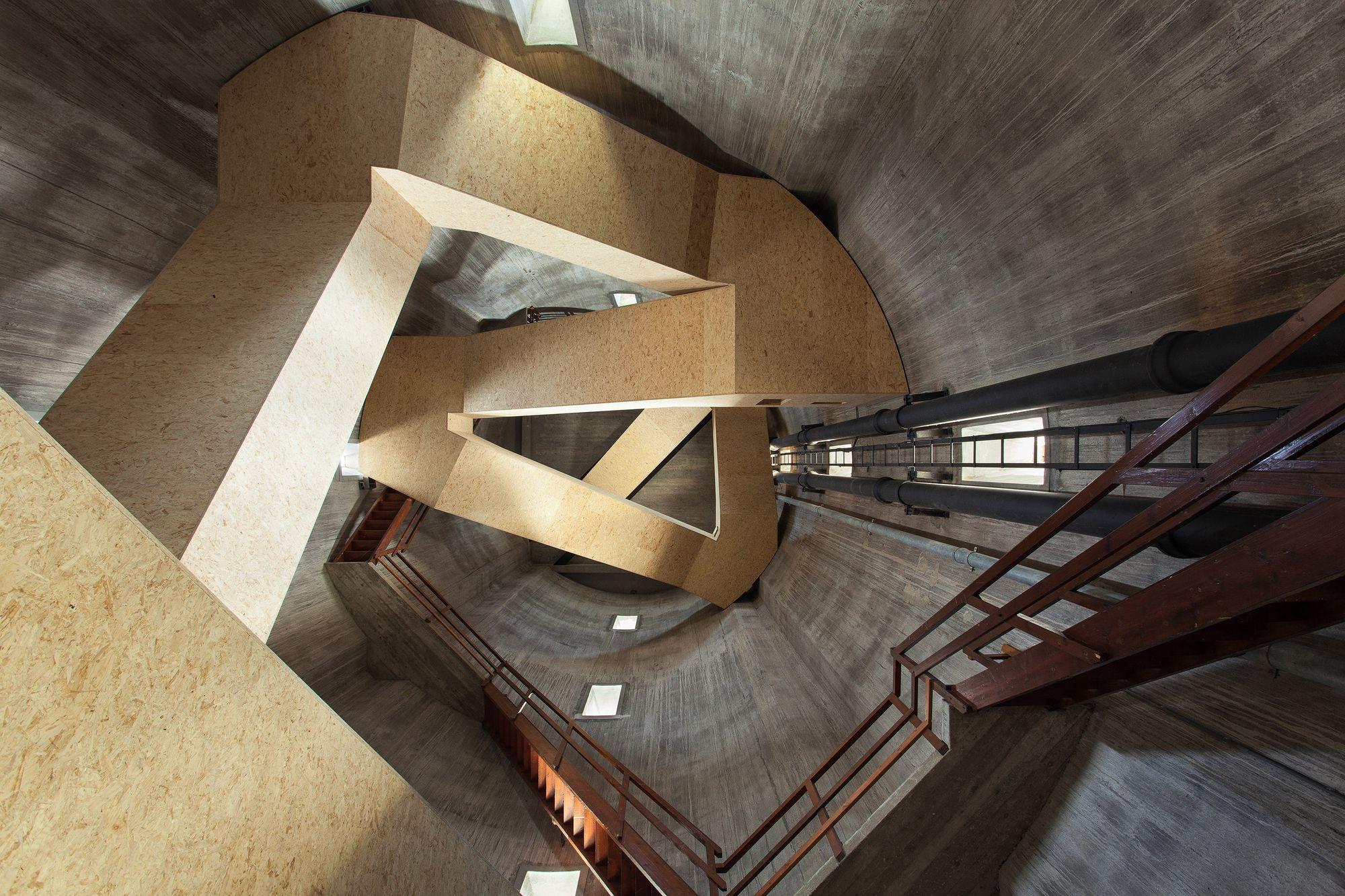 Torre de Vigilância e de Água Sint Jansklooster / Zecc Architecten © Stijn Poelstra