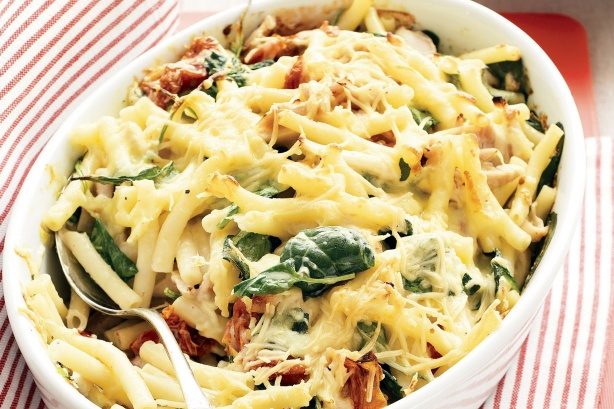 Creamy Chicken Pasta Bake Recipe Meals Pasta Chicken Pasta