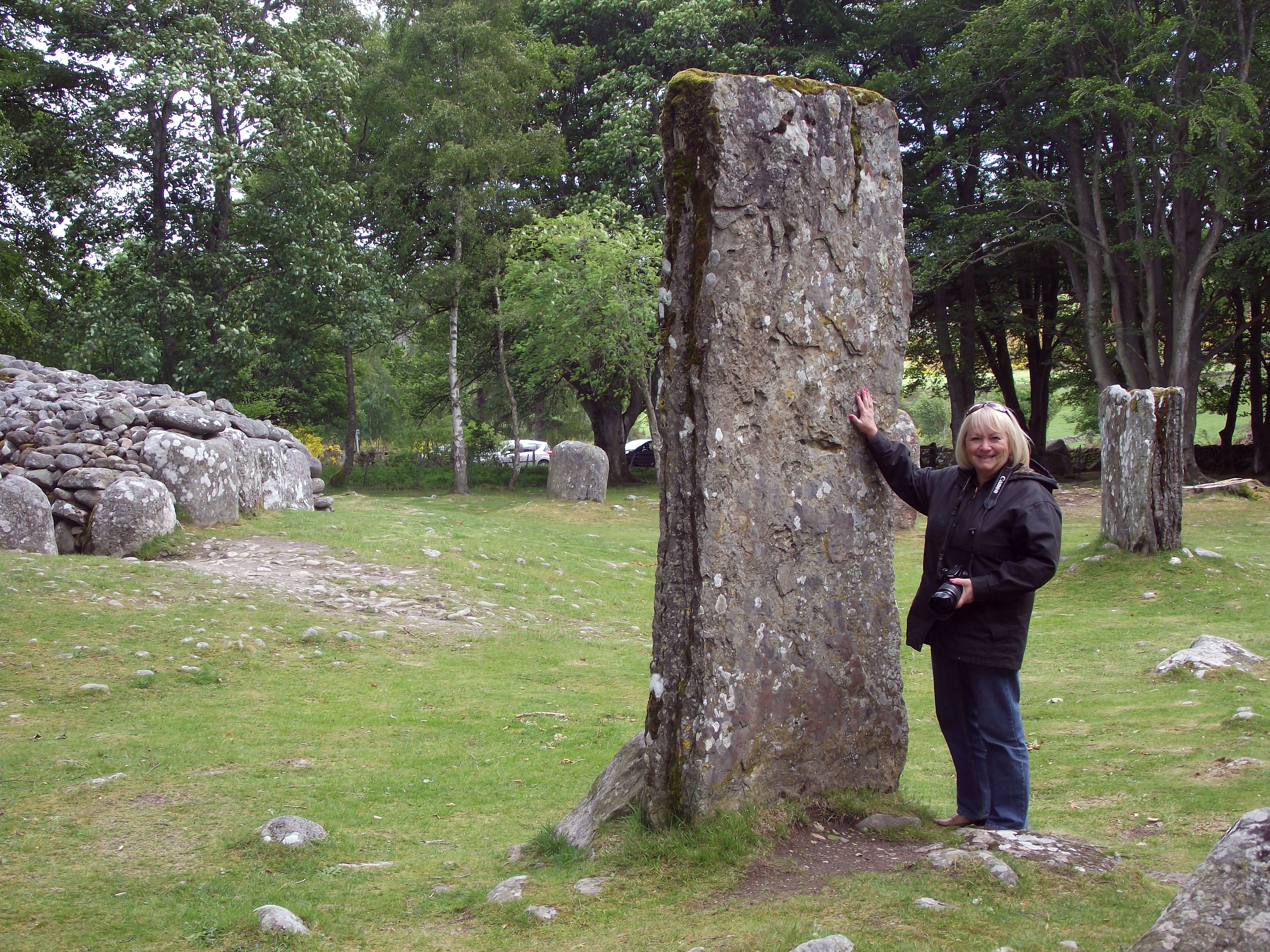 Standing Stone At The Clava Cairns Near Inverness Wishing I Could Hear Them And Pass Through Time 200 Years Cairngorms Inverness Standing Stone