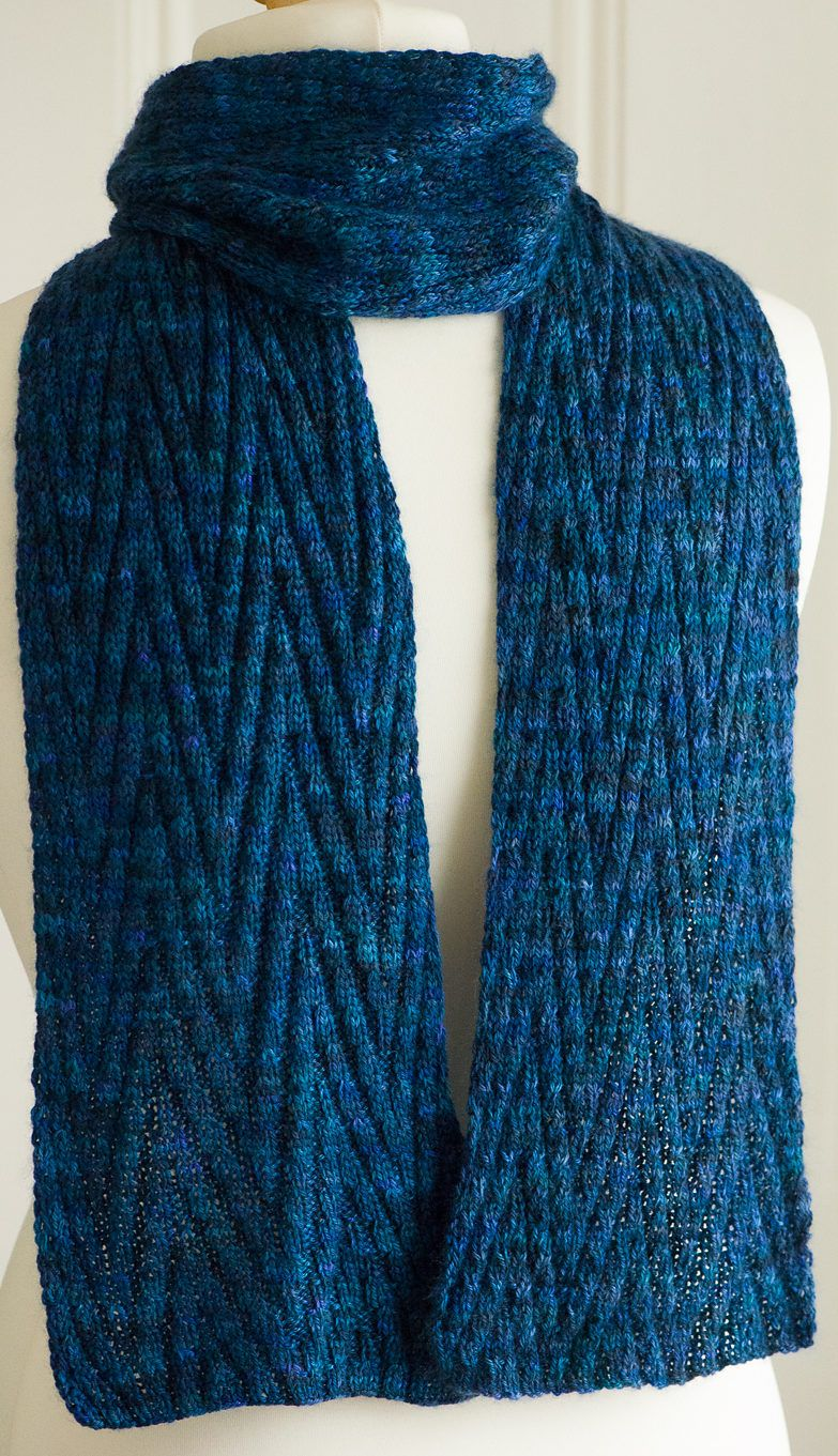 Free Knitting Pattern for Reversible Chevron Scarf | Knitting ...