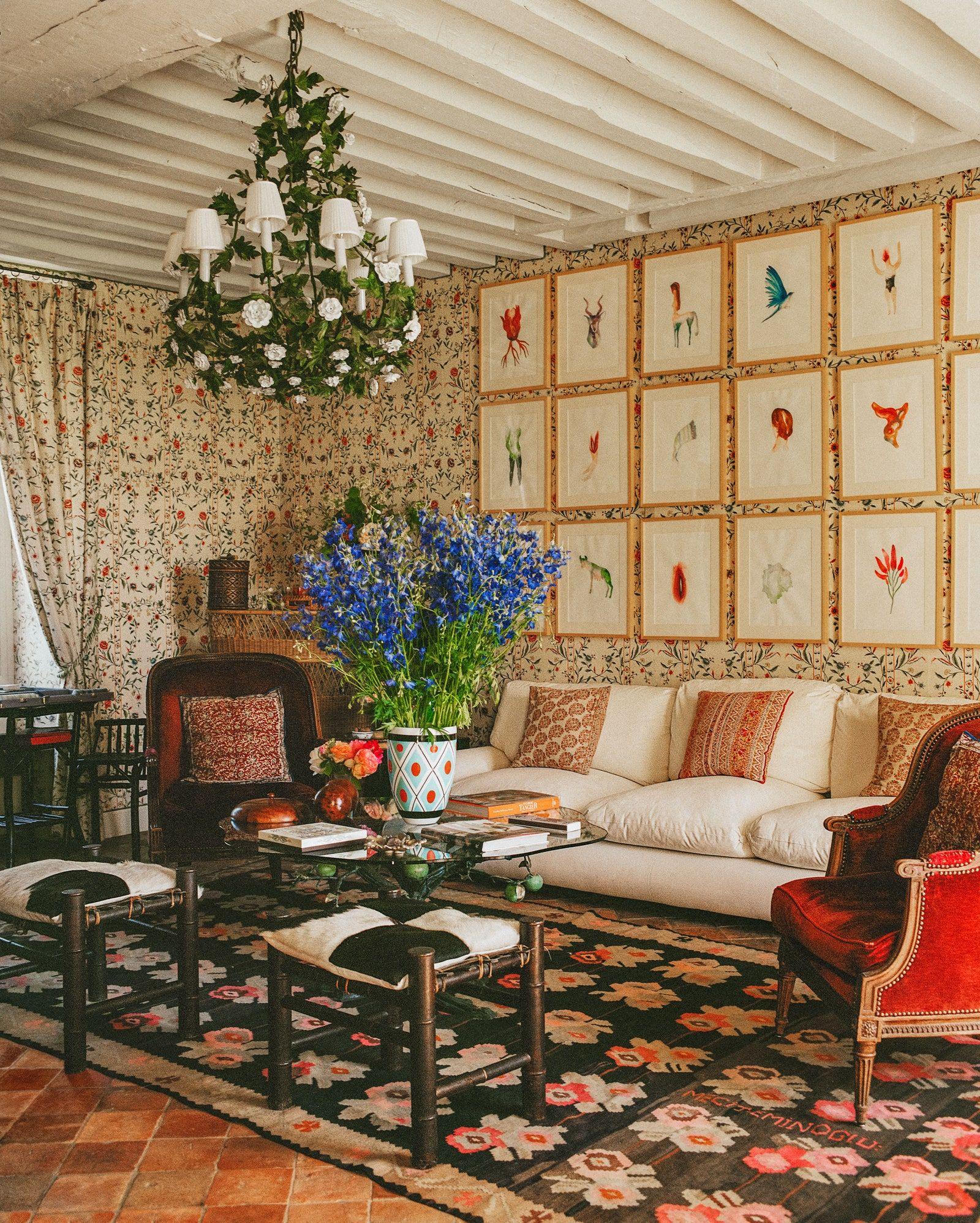 Habitually Chic® » Cordelia de Castellane's French Country Home in ...