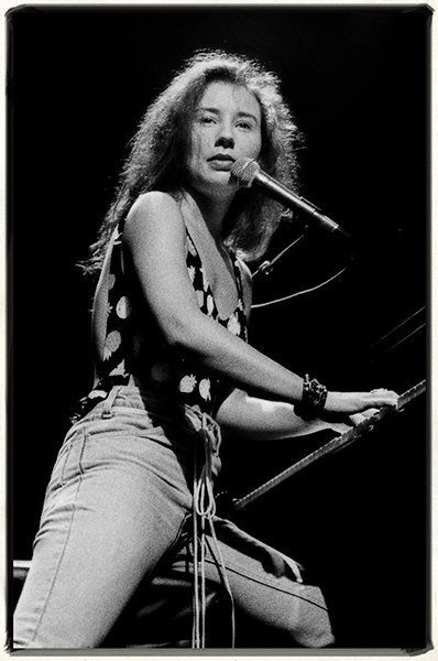 Tori Amos   Rock Photographer Jim Leatherman's Vintage Shots of Pearl Jam, Green Day, Red Hot Chili Peppers and More | Billboard