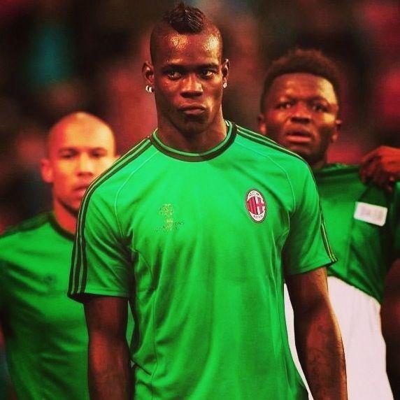 Super Mario Balotelli AC Milan training | Mens tops, Ac