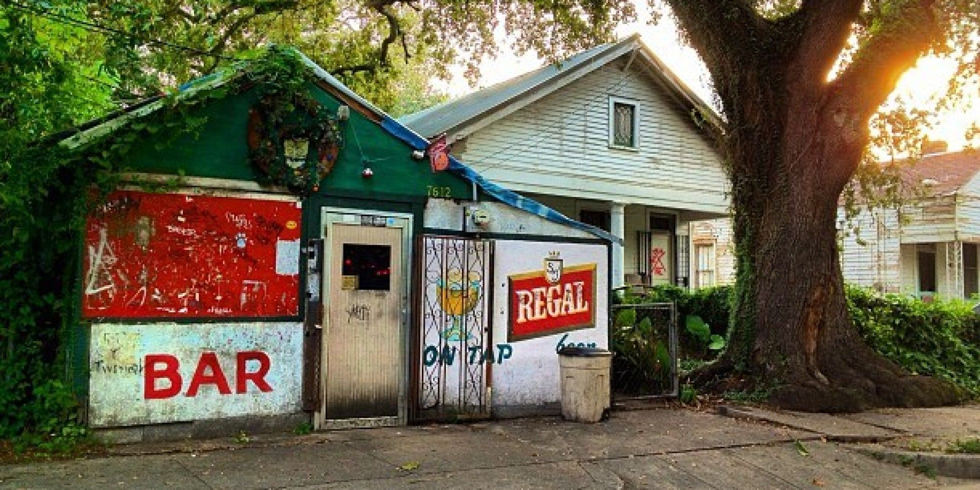Having A Dive Bar Right Next Door How Convenient Is That Dive Bar New Orleans Bars New Orleans