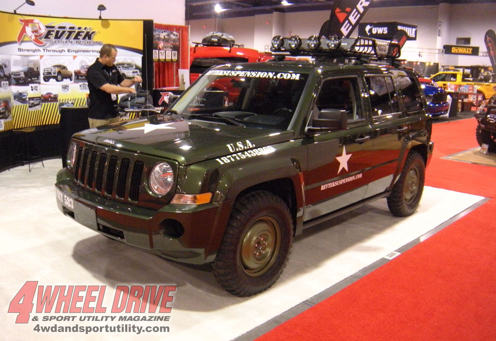 pretty close to what I wanna tricked out Jeep