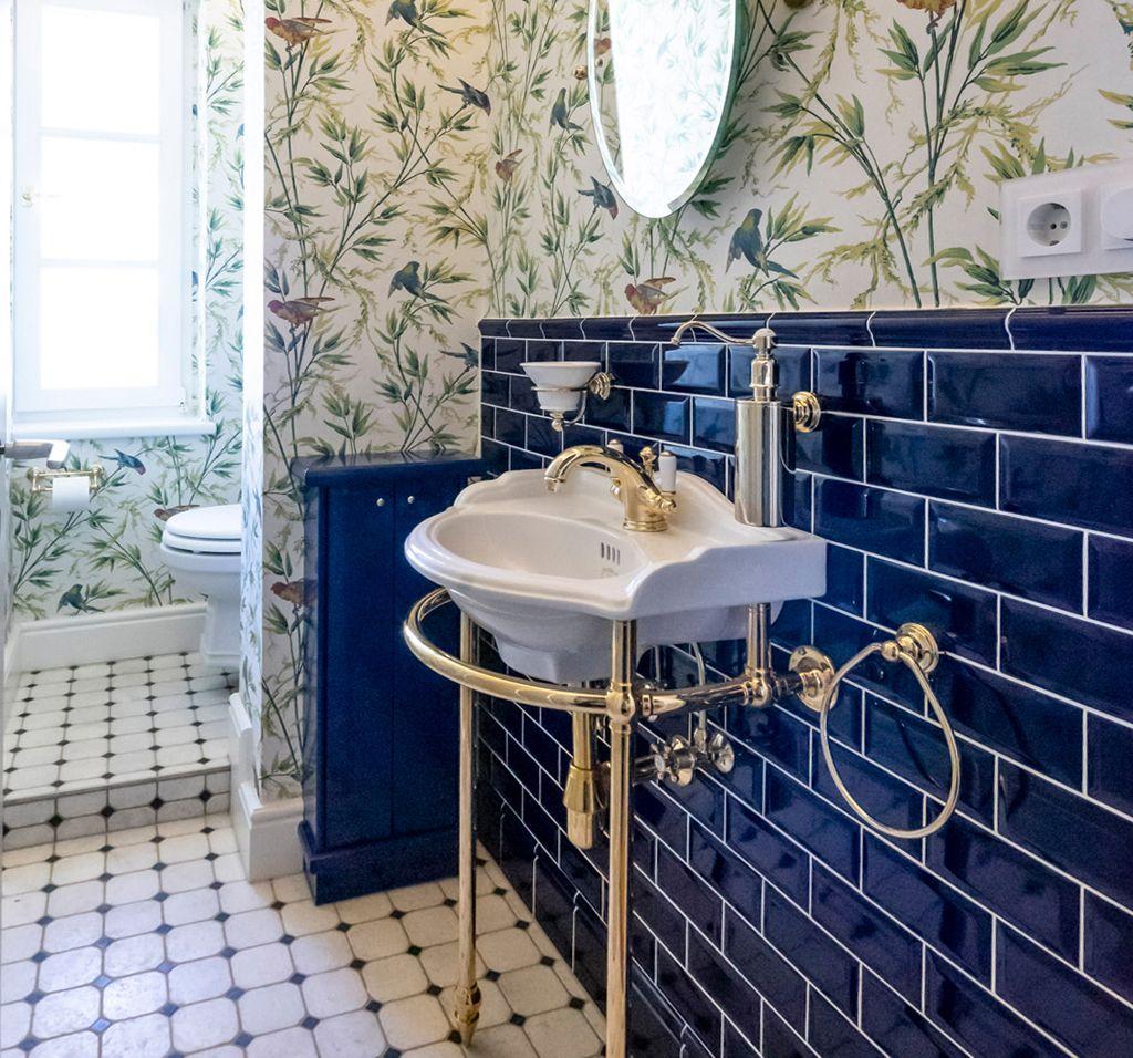 Referenzen Traditional Bathrooms In 2020 Traditionelle Bader Stil Badezimmer Badezimmer Zeitlos