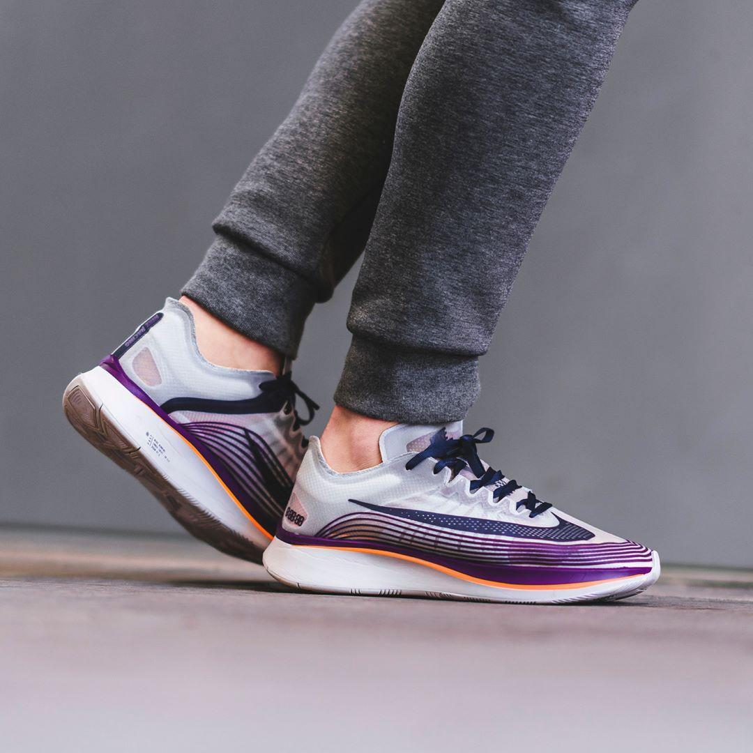 Nike Zoom | Fly Neutral Indigo / Total Crimson | Zoom Herren Sneakers fee0d9
