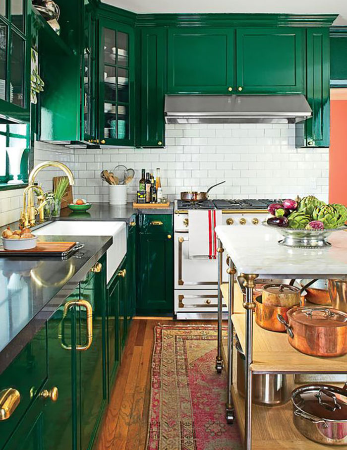 Ask Maria About Kitchen Cabinet Uppers and Lowers in Different Colours - Green kitchen cabinets, Eclectic kitchen, Beautiful kitchen cabinets, Kitchen cabinet design, Painted kitchen cabinets colors, Kitchen design - Should you choose a different colour for your lowers vs  your uppers  It's a custom situation, read on to see when it works and when it doesn't