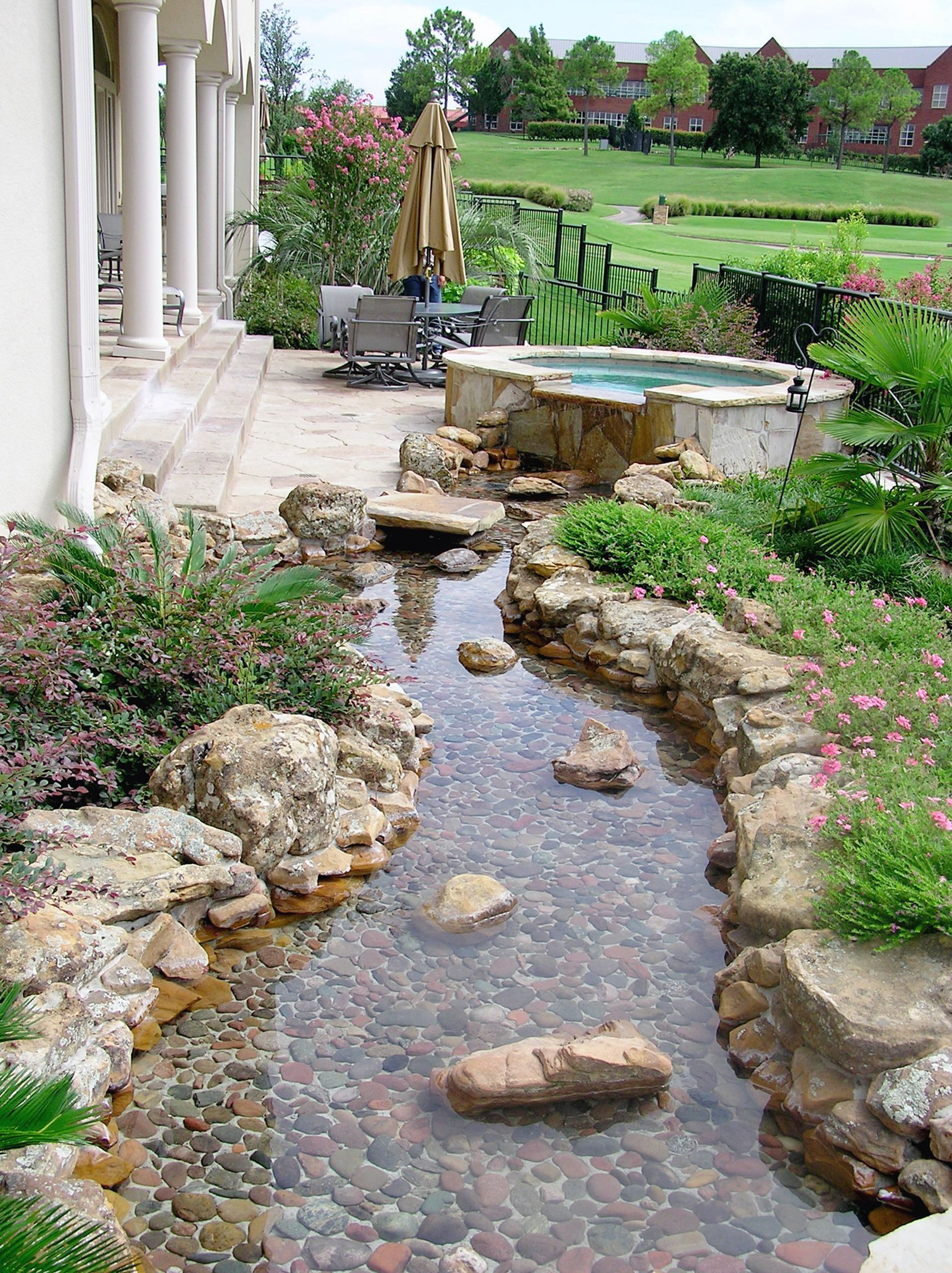 10 Gorgeous Dry River Garden Ideas For Best Landscaping Solution